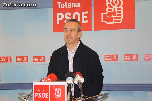 """Otálora says that """"the PSOE is willing to agree on the urban planning"""""""