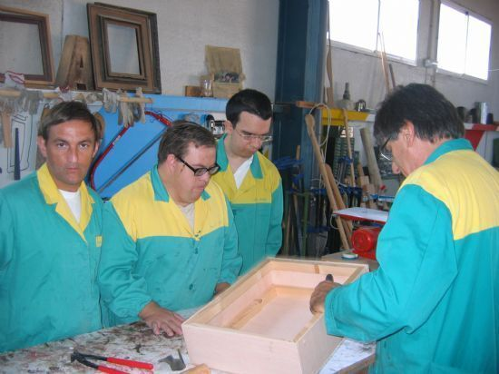 The autonomous allocates nearly € 315,000 to fund 32 places for users of occupational center