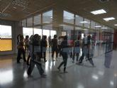 Lenguaje de signos y danza en la biblioteca a propuesta de Imagina