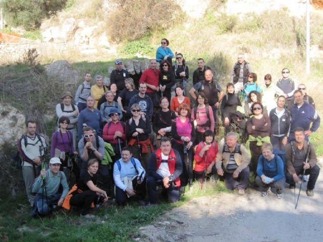 Cincuenta senderistas estrenan, de la mano de la concejalía de Deportes, el sendero PR-MU-69 - 3, Foto 3