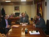 El consejero Salvador Marín muestra su interés por el desarrollo del Polígono de La Matanza