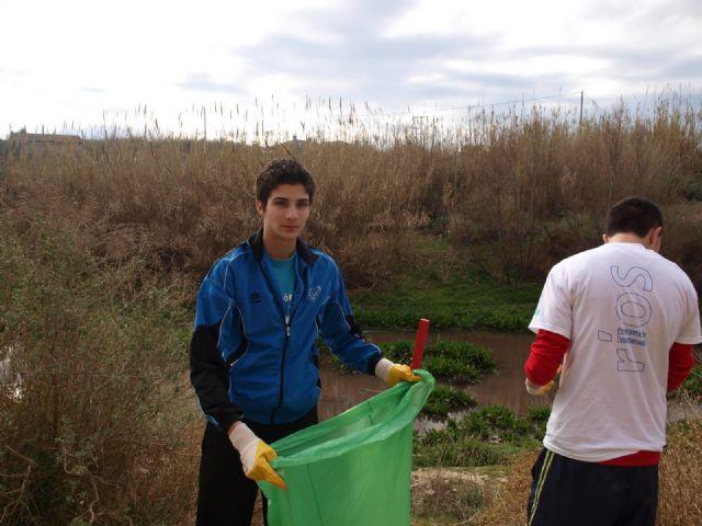 Voluntarios de JOVAL participan en la segunda jornada de rehabilitación del Río Mula por Alguazas - 2, Foto 2
