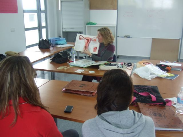 Students Support Services Program in Aesthetics receive a briefing on the affective-sexual education