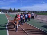 Más de cien niños han participado en la jornada de atletismo de deporte escolar clasificatoria para la fase regional