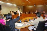 El Pleno debatirá dos propuestas en las que se establece la puesta en marcha de estrategias para la integración laboral de las personas en desventaja social