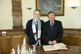 El vicealcalde recibe al embajador de Palestina en España