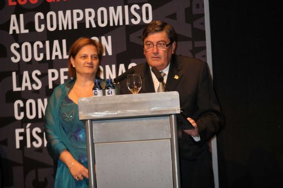 The Plenary Hall of Totana awarded the title of Adopted Son Dr. Manuel Moreno