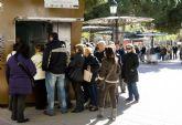 Colas para comprar la entrada del Concurso de Chirigotas