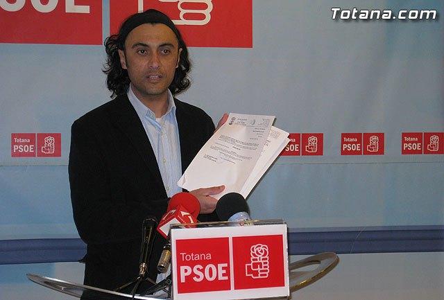 PSOE: La deuda del ayuntamiento se volvi� a incrementar de nuevo ayer, Foto 1
