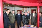 Inaugurada la exposición de trabajos de formación en habilidades plásticas de estampación y cerámica, en el centro integral de san josé obrero