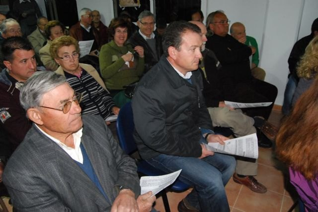 El equipo de Gobierno hacen balance las actuaciones municipales que se han llevado a cabo en La Charca, La Huerta, La Sierra, Viñas-Carivete y Mortí, Foto 2