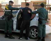 Un Guardia Civil fuera de servicio detiene a un joven por el robo en una vivienda, en San Pedro del Pinatar