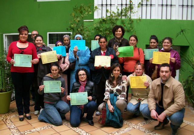 El Ayuntamiento potenció las habilidades sociales de personas en riesgo de exclusión social - 1, Foto 1