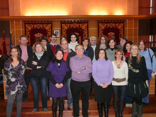 El Ayuntamiento de Molina de Segura firma convenios con las Asociaciones de Madres y Padres de Alumnos de 19 colegios - 1, Foto 1