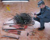 La Guardia Civil detiene a dos jóvenes por el robo de cable de cobre en Beniel