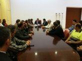 Ayuntamiento y sindicatos firman la paz social hasta 2015