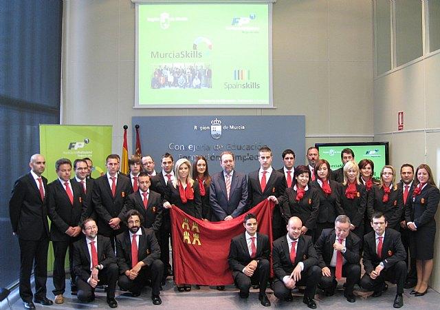 Sotoca recibe a los alumnos que representarán a la Región en el campeonato nacional de Formación Profesional ´SpainSkills´ - 1, Foto 1