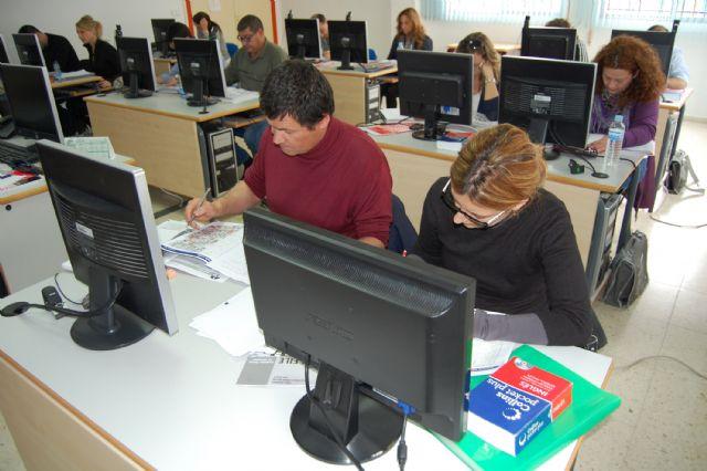 15 alumnos aprenden en Las Torres de Cotillas inglés de gestión comercial - 2, Foto 2