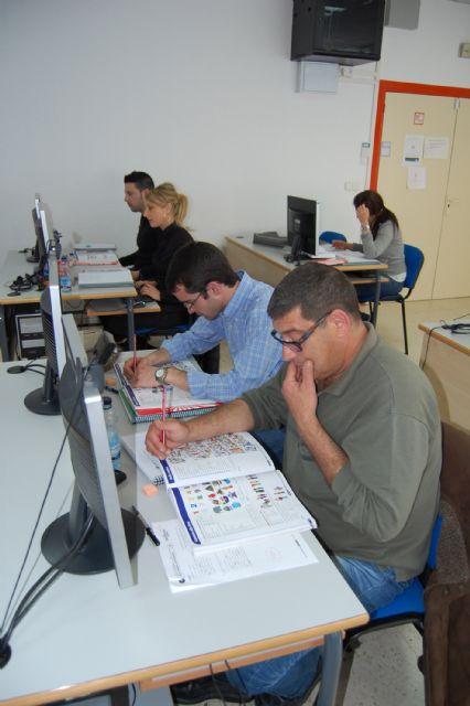 15 alumnos aprenden en Las Torres de Cotillas inglés de gestión comercial - 3, Foto 3