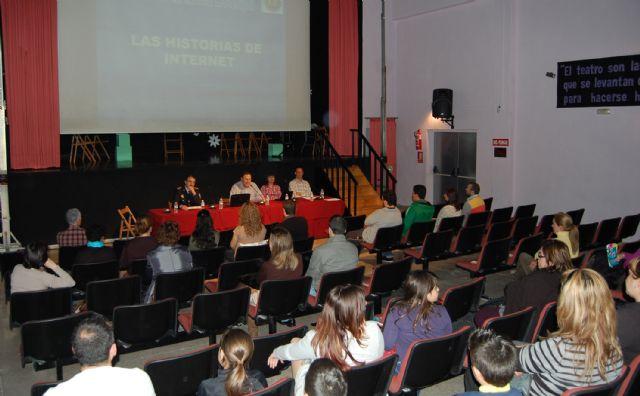El IX Foro de Educación de Lorquí muestra los riesgos y ventajas de las Redes Sociales - 3, Foto 3