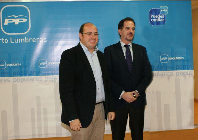 Carlos Iturgaiz se reúne con la Junta Directiva del Partido Popular de Puerto Lumbreras - 3, Foto 3