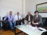 Juan Patricio Castro traslada el apoyo del PSOE al tejido local durante una reunión con ACEMUR