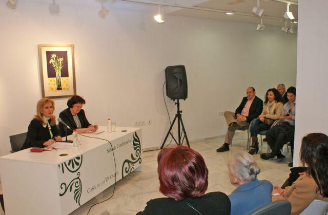 Nieves Herrero ofreció en Puerto Lumbreras la conferencia 'Personajes que me han marcado en 30 años de profesión' - 2, Foto 2