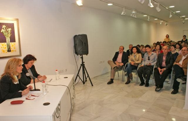 Nieves Herrero ofreció en Puerto Lumbreras la conferencia 'Personajes que me han marcado en 30 años de profesión' - 3, Foto 3