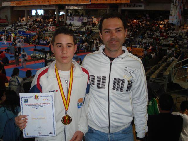 Antonio Méndez, medalla de oro en 61 kilogramos - 1, Foto 1