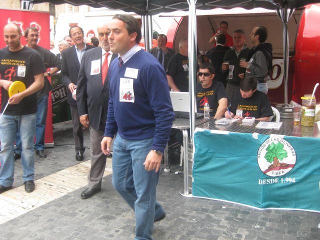 Cámara participa en el Lanzamiento de Hueso de Oliva - 2, Foto 2