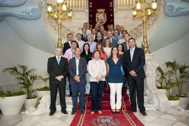 La alcaldesa recibió a las delegaciones del Campeonato de España de Voleibol - 1, Foto 1