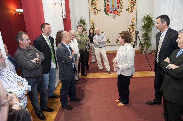 La alcaldesa recibió a las delegaciones del Campeonato de España de Voleibol - 3, Foto 3