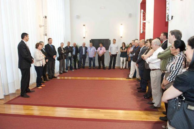 La alcaldesa recibió a las delegaciones del Campeonato de España de Voleibol - 4, Foto 4