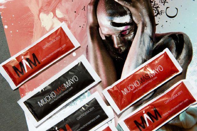 Pequeños sorbos de poesía, para promocionar el festival Mucho Más Mayo - 2, Foto 2