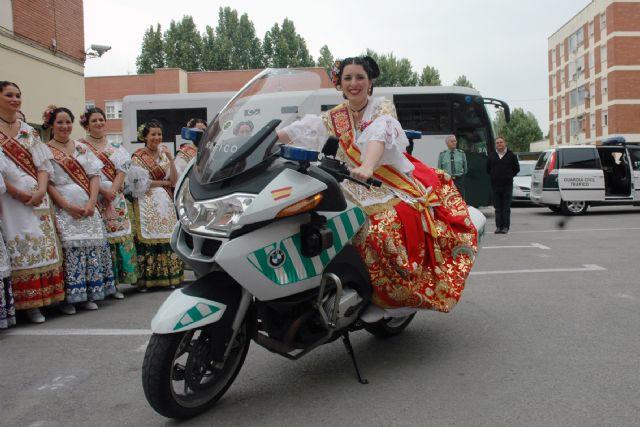 La Reina de la Huerta y sus Damas de Honor visitan las instalaciones de la Guardia Civil de Murcia - 4, Foto 4