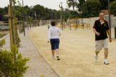 Los vecinos de Barrio Peral se movilizan por una Vía Verde sin excrementos de perro