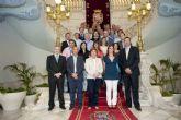 La alcaldesa recibió a las delegaciones del Campeonato de España de Voleibol