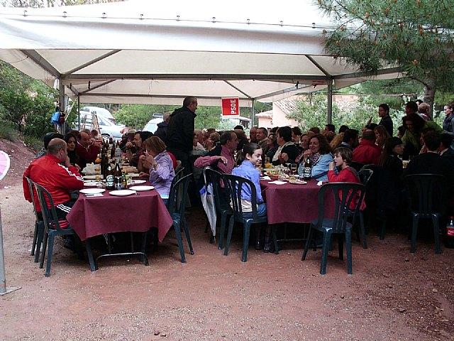 Mas de 200 militantes acuden a celebrar el Día de la Rosa del Partido Socialista de Totana, Foto 3