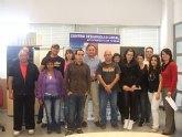 Personas desempleadas inician un curso gratuito de ofim�tica b�sica en el Centro de Desarrollo Local