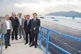 El alcalde visita la construcci�n de naves con cubiertas solares en el pol�gono industrial