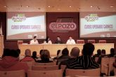 ELPOZO ALIMENTACI�N contrata a 29 desempleados, tras formarlos como Operarios C�rnicos
