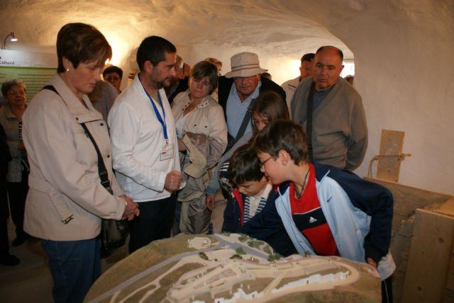 Más de 3.000 personas participaron en el programa de actividades turísticas y culturales en las nuevas casas cueva tematizadas de Puerto Lumbreras - 1, Foto 1