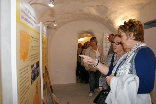 Más de 3.000 personas participaron en el programa de actividades turísticas y culturales en las nuevas casas cueva tematizadas de Puerto Lumbreras - 2, Foto 2