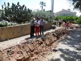 Continúan las obras de la puesta en marcha de la red de saneamiento e impulsión de aguas residuales en el núcleo de la Venta la Rata