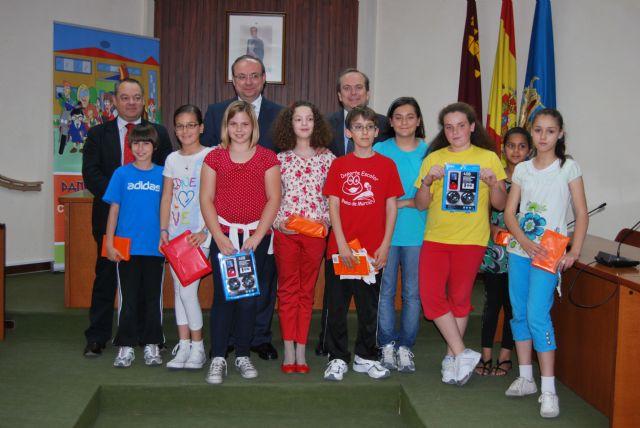 Los niños del municipio participan en un concurso sobre Riesgos Laborales, Foto 1
