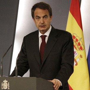 El presidente del Gobierno acuerda con el presidente del Partido Popular suspender la jornada electoral de este jueves, Foto 1