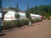 El Grupo Scout Balumba de Santomera reparte comida a los damnificados de Lorca