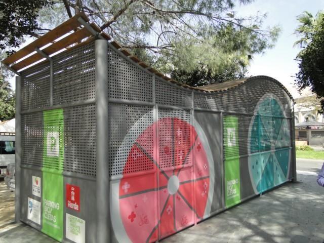 El Ayuntamiento amplía la oferta de aparcamientos cerrados para bicicletas - 1, Foto 1