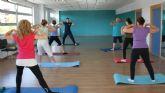 Más de una veintena de mujeres lumbrerenses participan en el Taller de Pilates que se desarrolla en el Centro de la Mujer