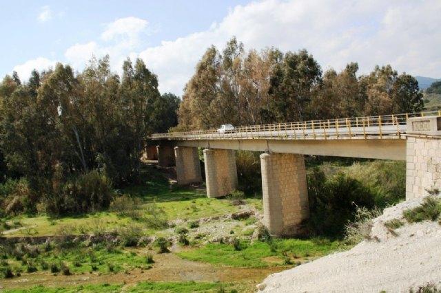 La Comunidad constata el buen estado de los puentes en las carreteras regionales de Lorca tras los terremotos - 1, Foto 1